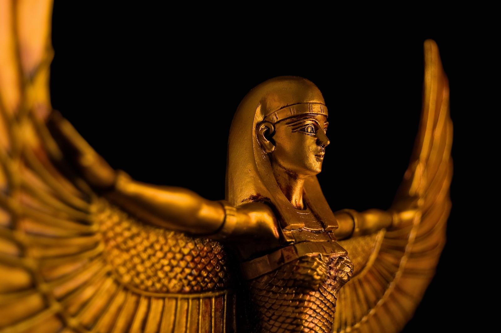 Goddess Isis Dr Sarah Larsen