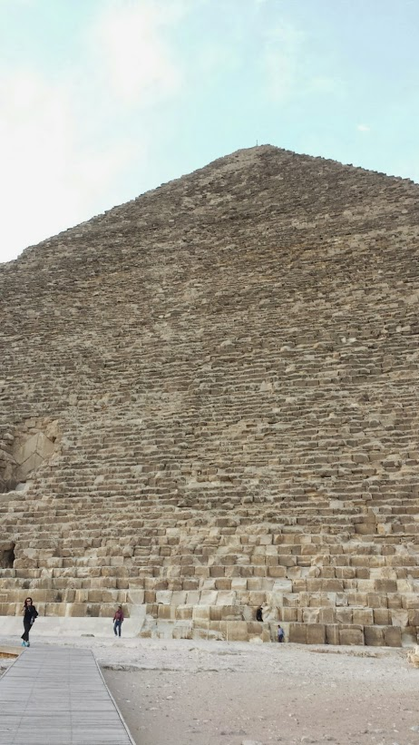 egypt pyramid outside