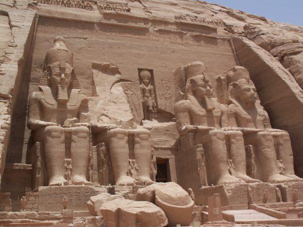 abu_simbel_temple